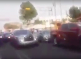 Guaruras de #LordRollsRoyce golpean a un automovilista (VIDEO)