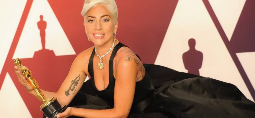 Lady Gaga confirma embarazo